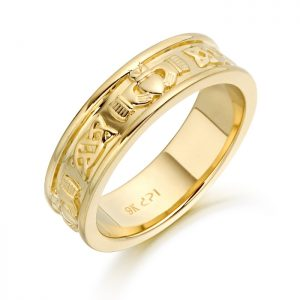 9ct Gold Claddagh Wedding Band-CL42