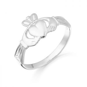 Gold Claddagh Ring-CL24W