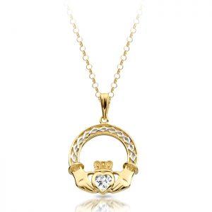 9ct Gold Claddagh Pendant-P023