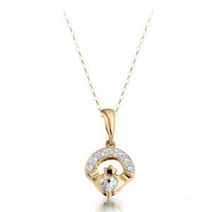 Gold Claddagh Pendant-P187