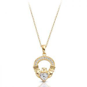 Gold Claddagh Pendant-P188