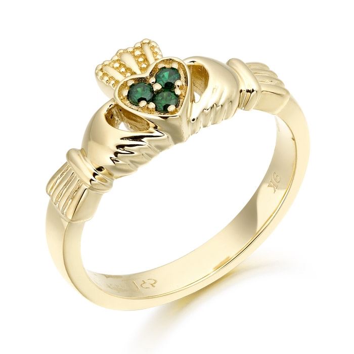 Claddagh Ring set with Cubic Zirconia Emerald - CL16G
